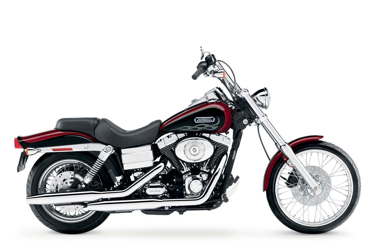 Harley Davidson Wide Glide 2005 on Harley Twin Cam 88 Engine