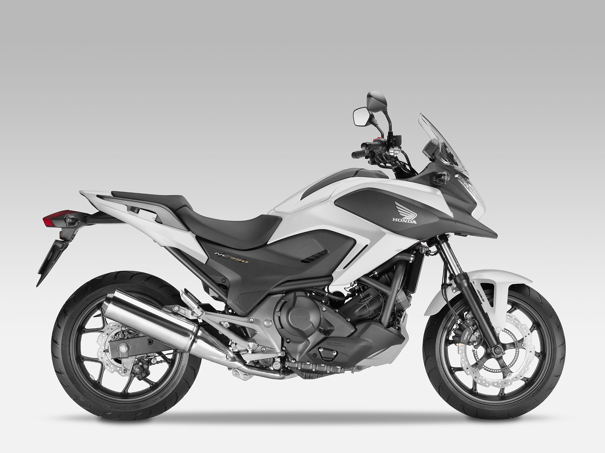 honda nc700x specs 2013 2014 autoevolution. Black Bedroom Furniture Sets. Home Design Ideas