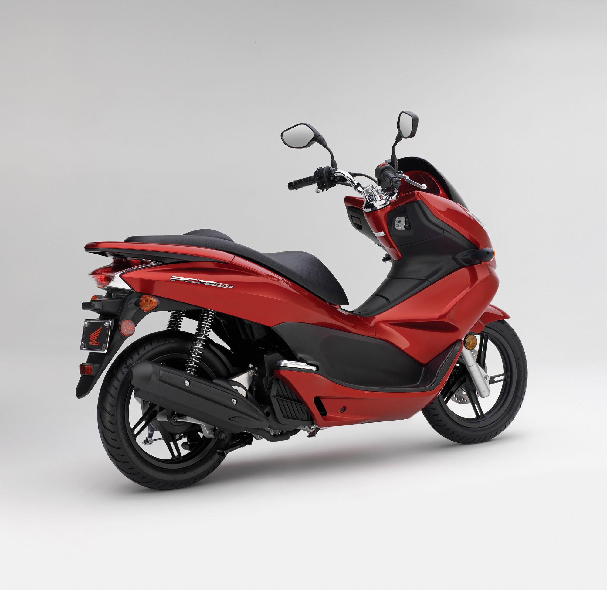 walkaround honda scooter milan pcx eicma watch