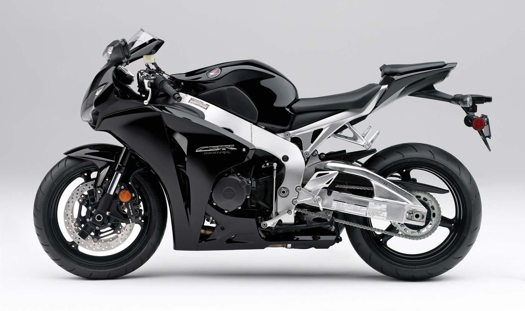 honda cbr1000rr specs 2010 2011 autoevolution. Black Bedroom Furniture Sets. Home Design Ideas