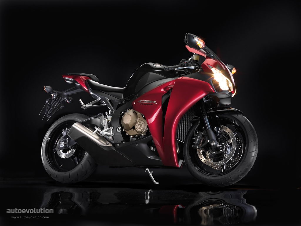 Admirable Honda Cbr 1000 Rr Fireblade Specs 2008 2009 2010 2011 Gmtry Best Dining Table And Chair Ideas Images Gmtryco