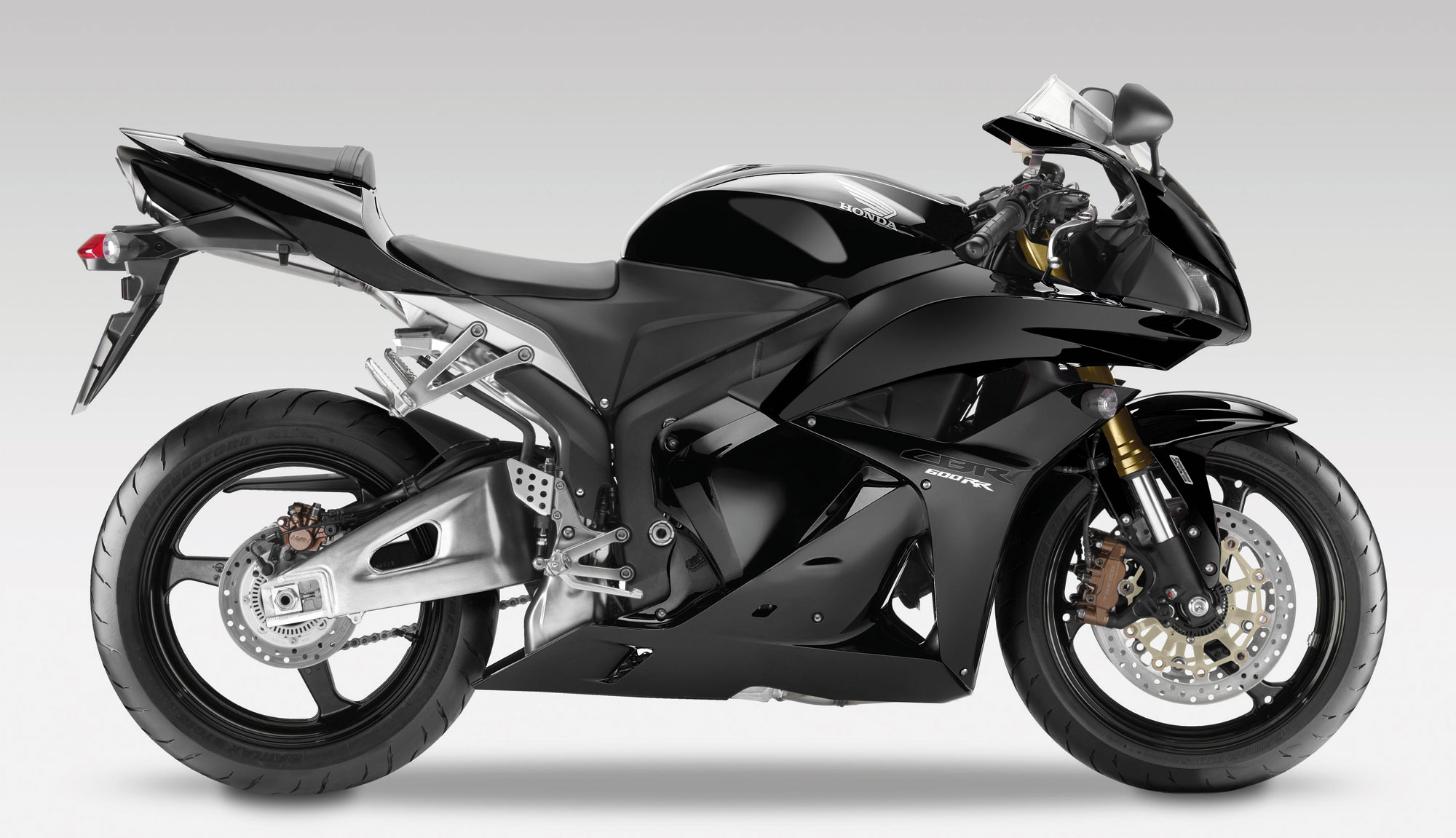 honda cbr 600 rr c abs 2011 2012 autoevolution. Black Bedroom Furniture Sets. Home Design Ideas