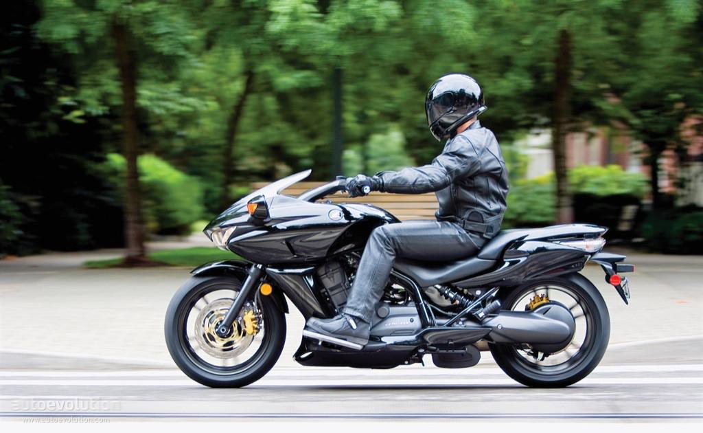 Honda Dn 01 >> Honda Dn 01 Specs 2008 2009 Autoevolution