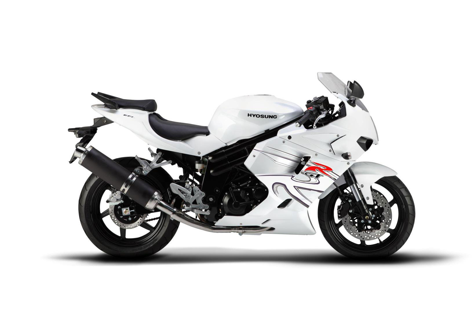 hyosung gt650r specs 2011 2012 autoevolution. Black Bedroom Furniture Sets. Home Design Ideas