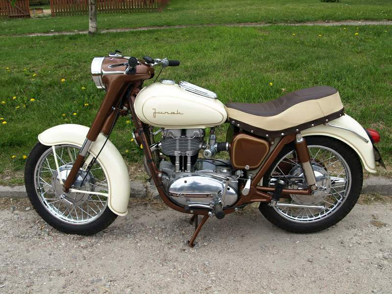 Junak M10 Specs 1960 1961 1962 1963 1964 1965