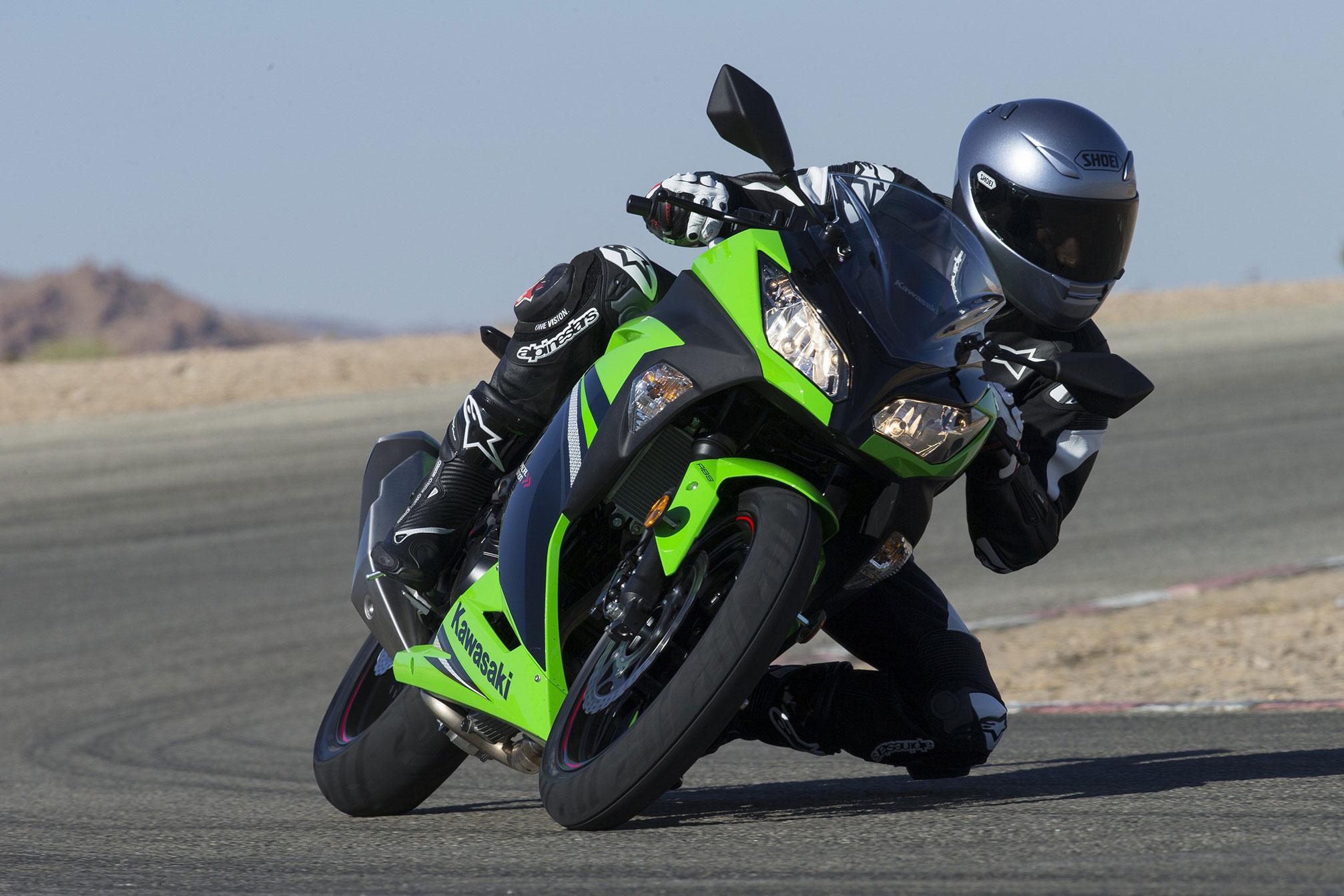 Kawasaki Ninja 300 Specs 2013 2014 Autoevolution