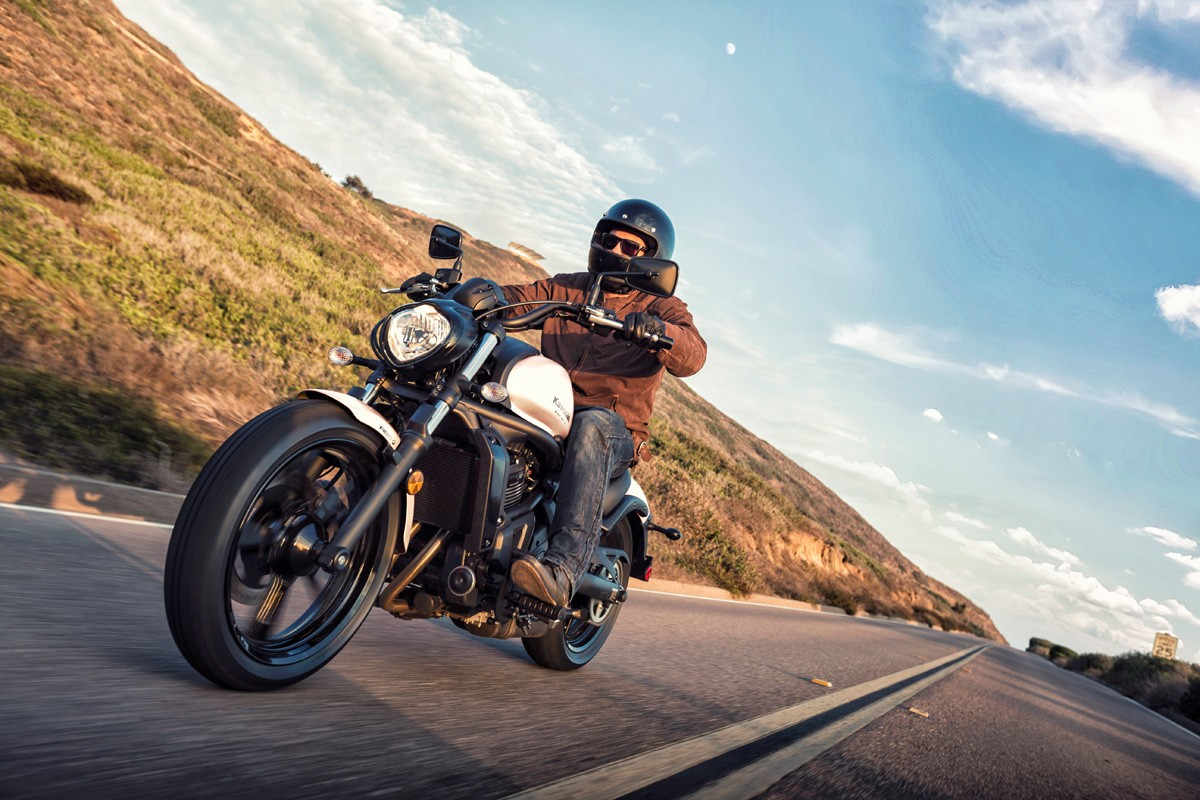 kawasaki vulcan s abs se specs 2018 autoevolution. Black Bedroom Furniture Sets. Home Design Ideas
