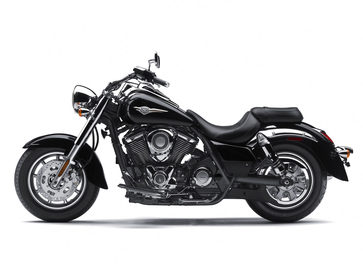 kawasaki vulcan 1700 classic specs 2011 2012. Black Bedroom Furniture Sets. Home Design Ideas