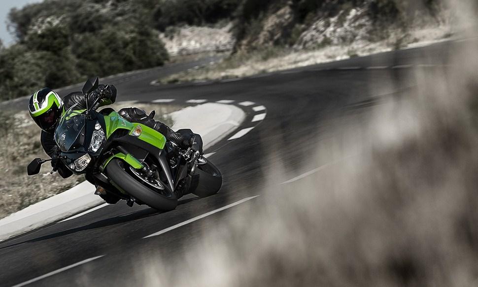 Kawasaki z1000sx deals