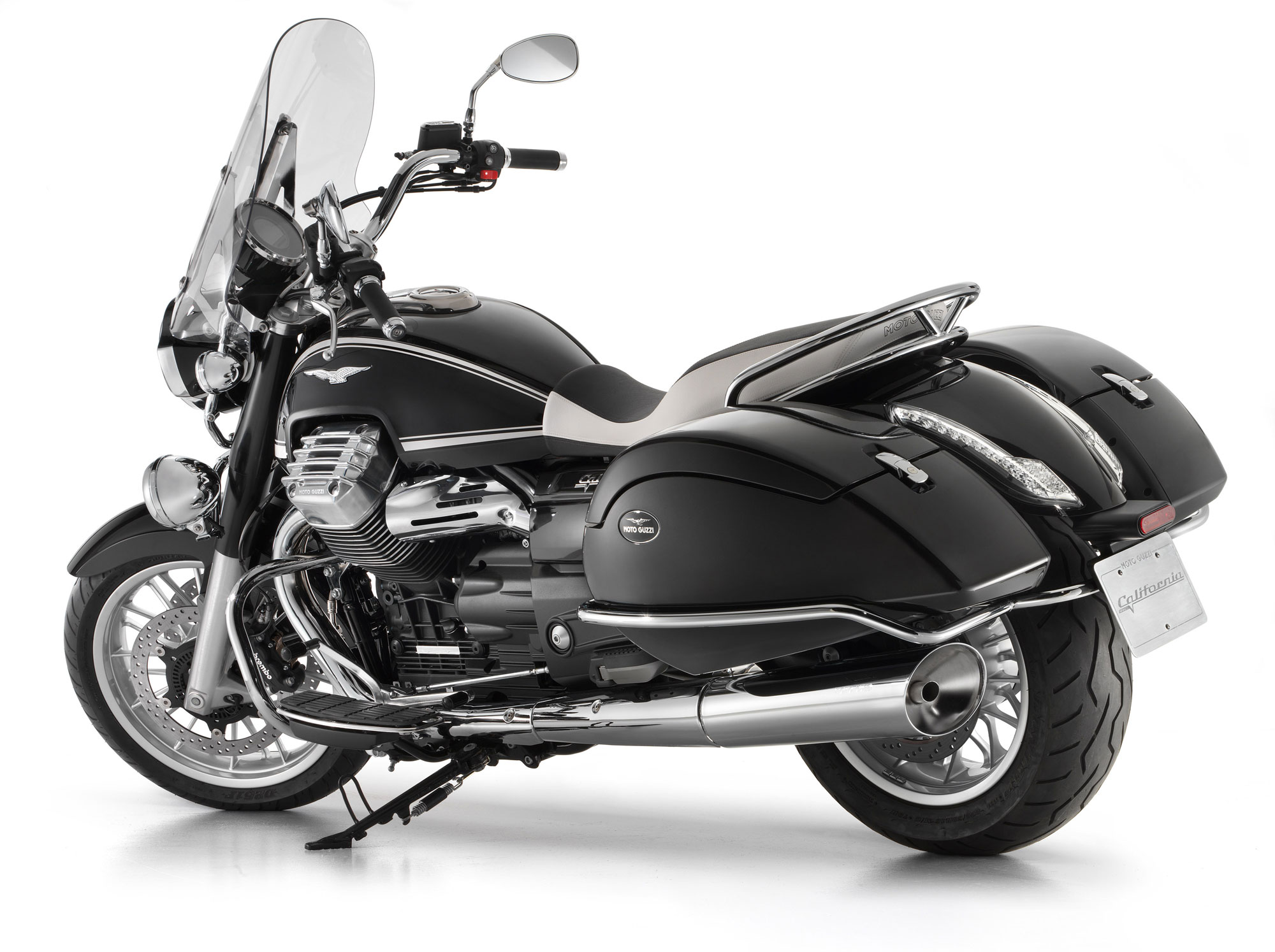 moto guzzi california 1400 touring specs 2014 2015 autoevolution. Black Bedroom Furniture Sets. Home Design Ideas