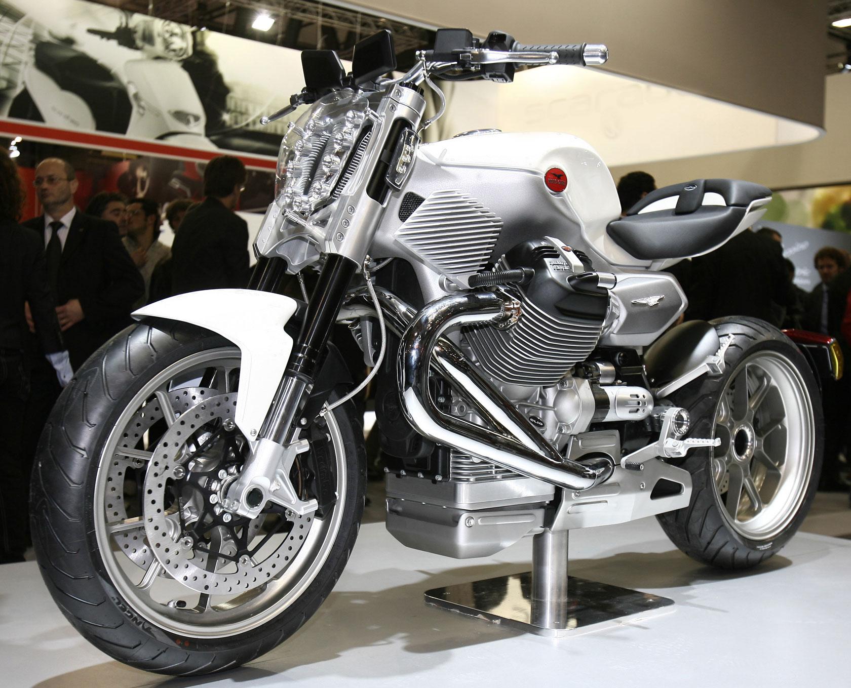 лазерной фото итальянских мотоциклов заводе производят