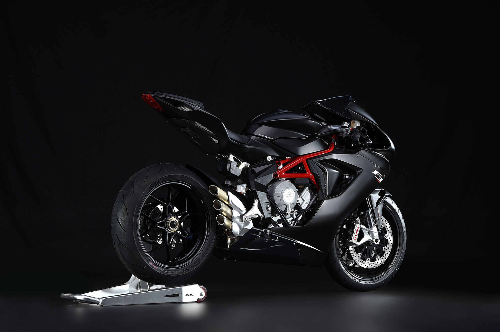 Mv Agusta F3 800 2014 on 4 cylinder race car