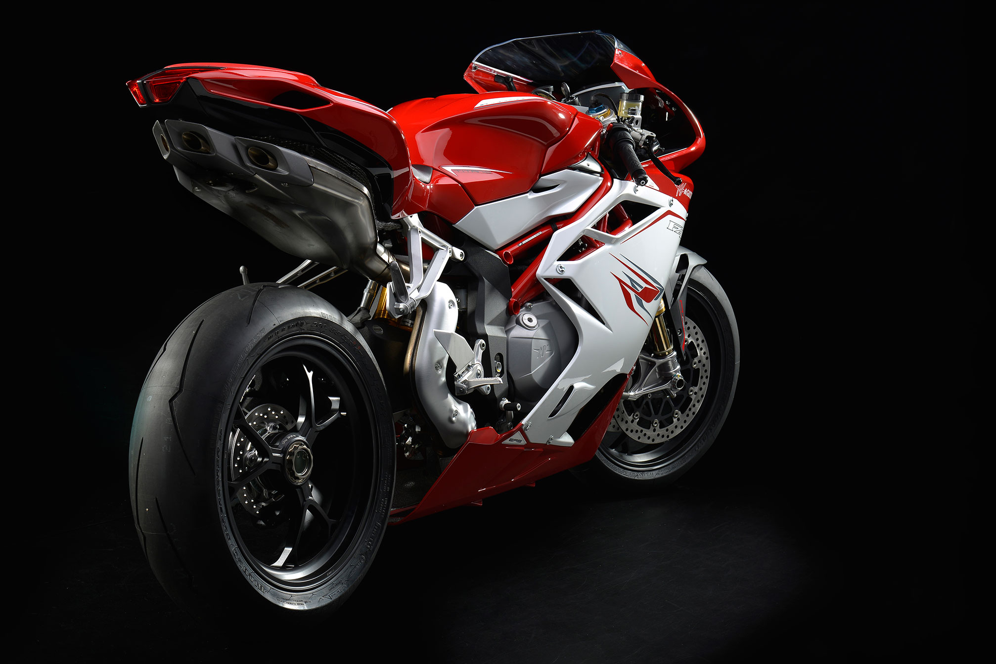 mv agusta f4 rr specs 2013 2014 autoevolution. Black Bedroom Furniture Sets. Home Design Ideas