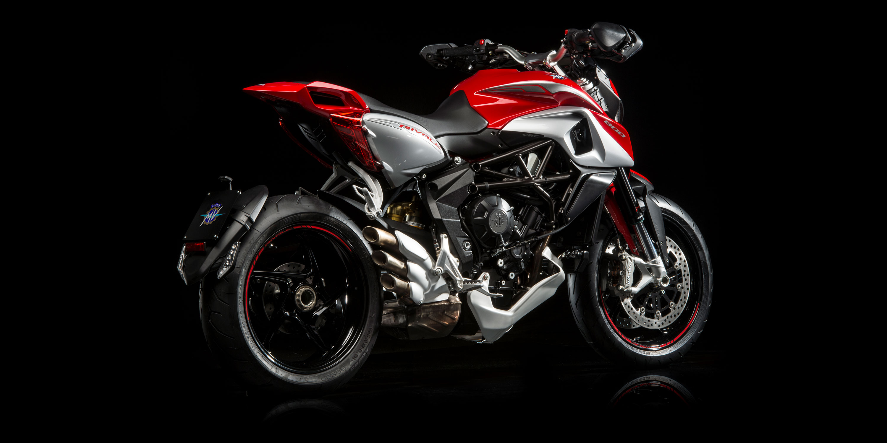 mv agusta rivale 800 specs 2016 2017 autoevolution. Black Bedroom Furniture Sets. Home Design Ideas