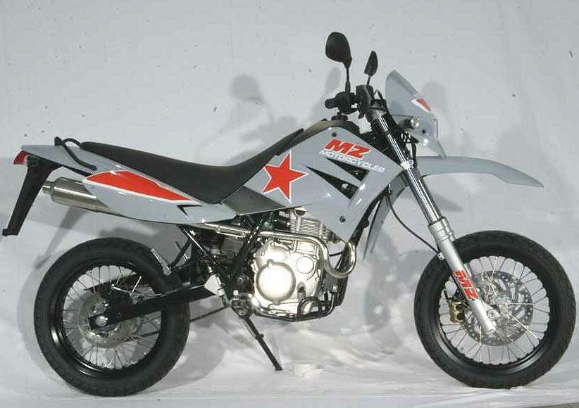 MZ-125-SM-Mig-9637_1.jpg