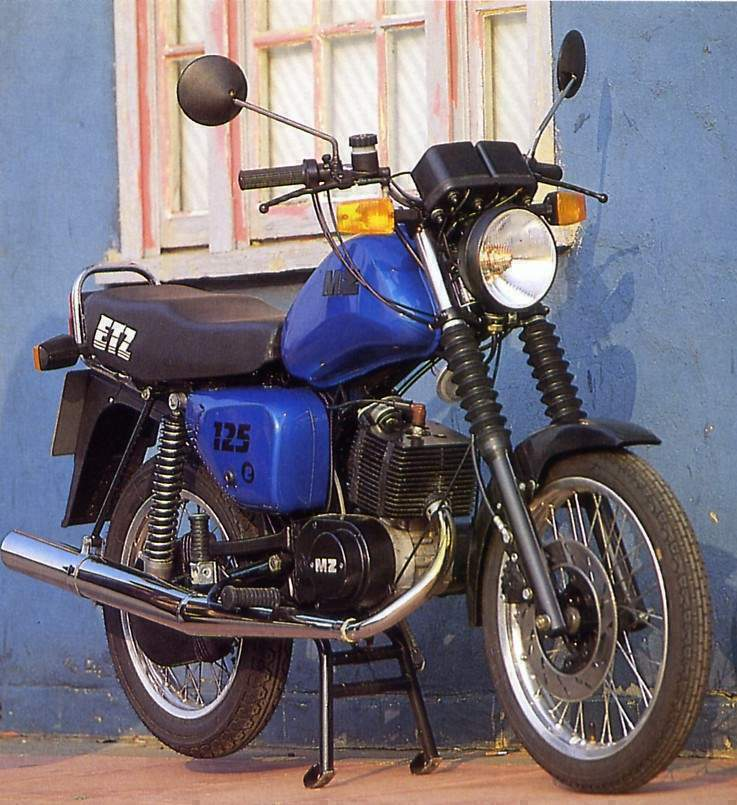 1987 MZ ETZ 250 motorcycle | MZ motorcycle from the DDR