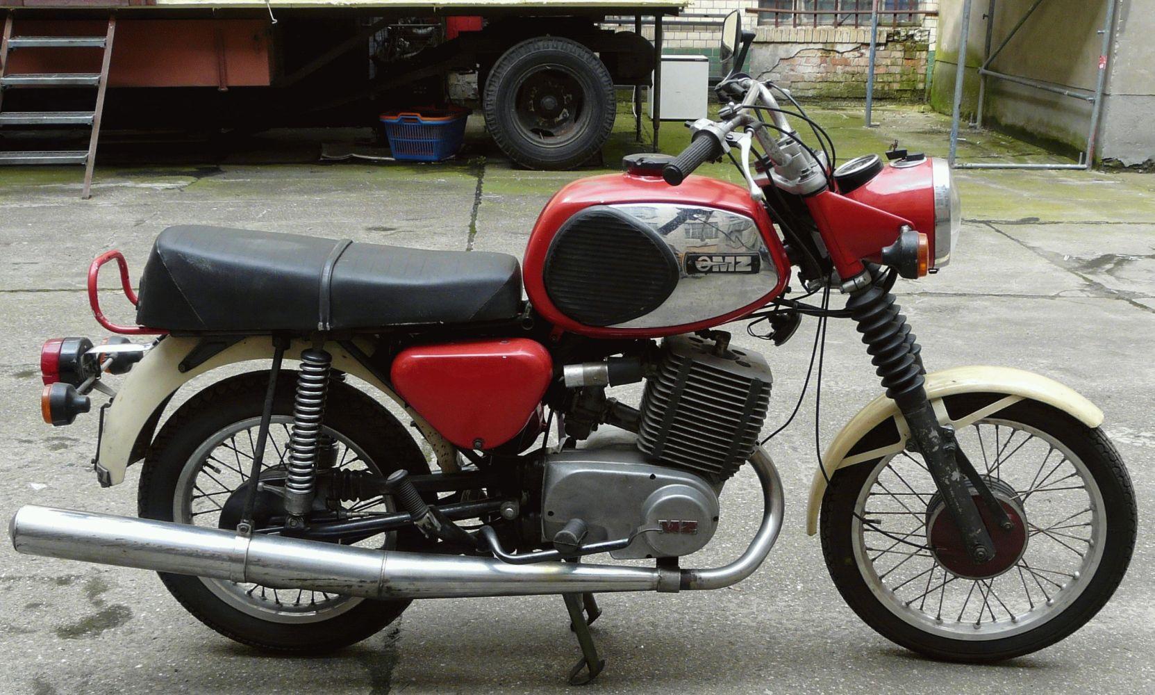 mz motorrad dreir der zum abschied mz ist nicht zu retten. Black Bedroom Furniture Sets. Home Design Ideas