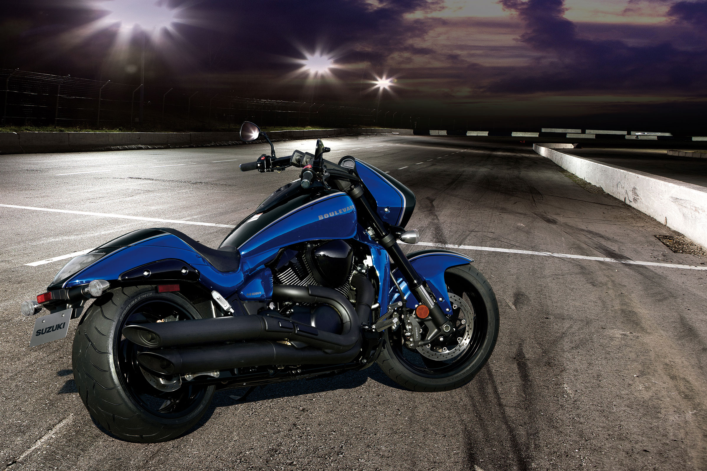 Suzuki Boulevard Mspecifications