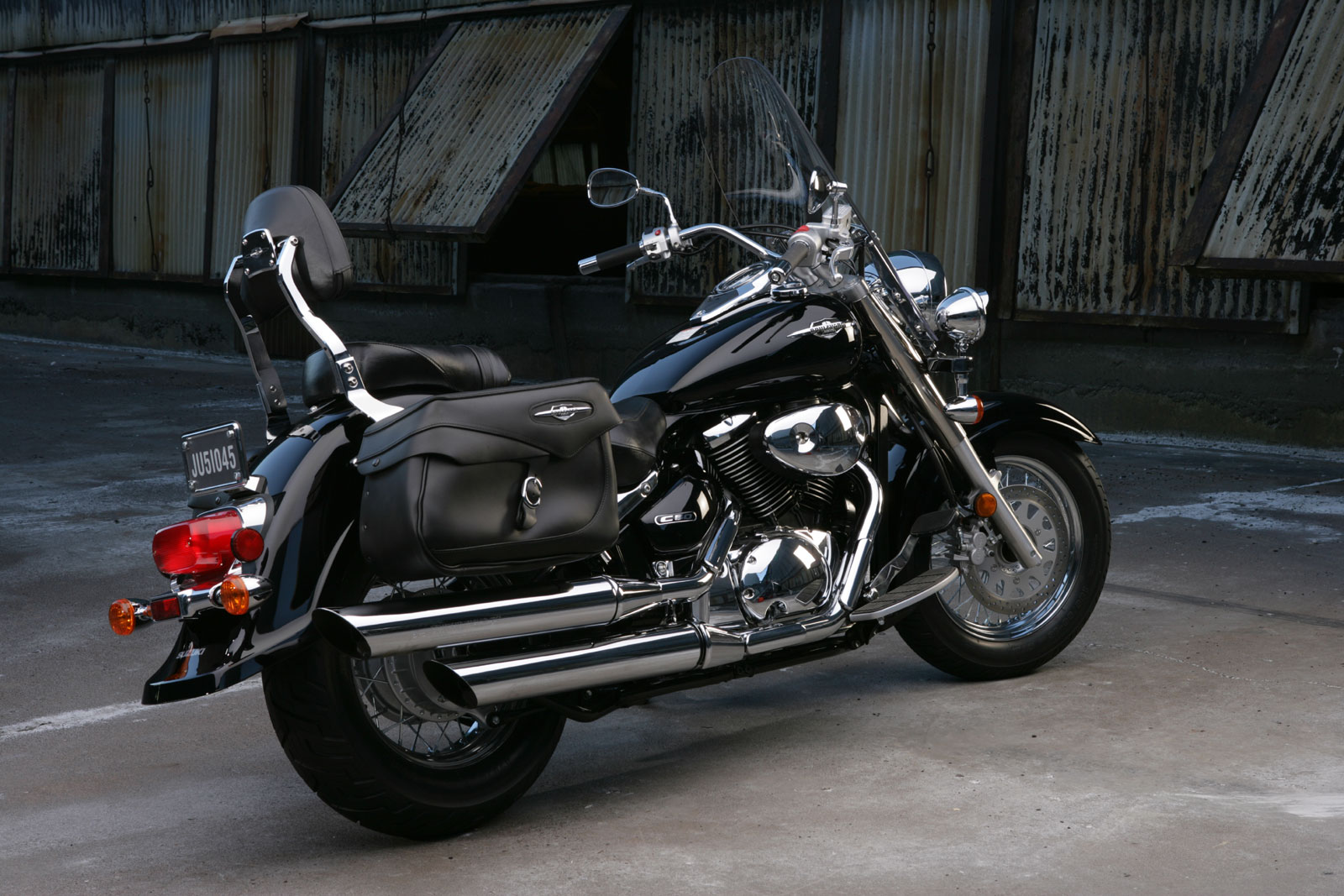 Suzuki Intruder  Rear Tire Size