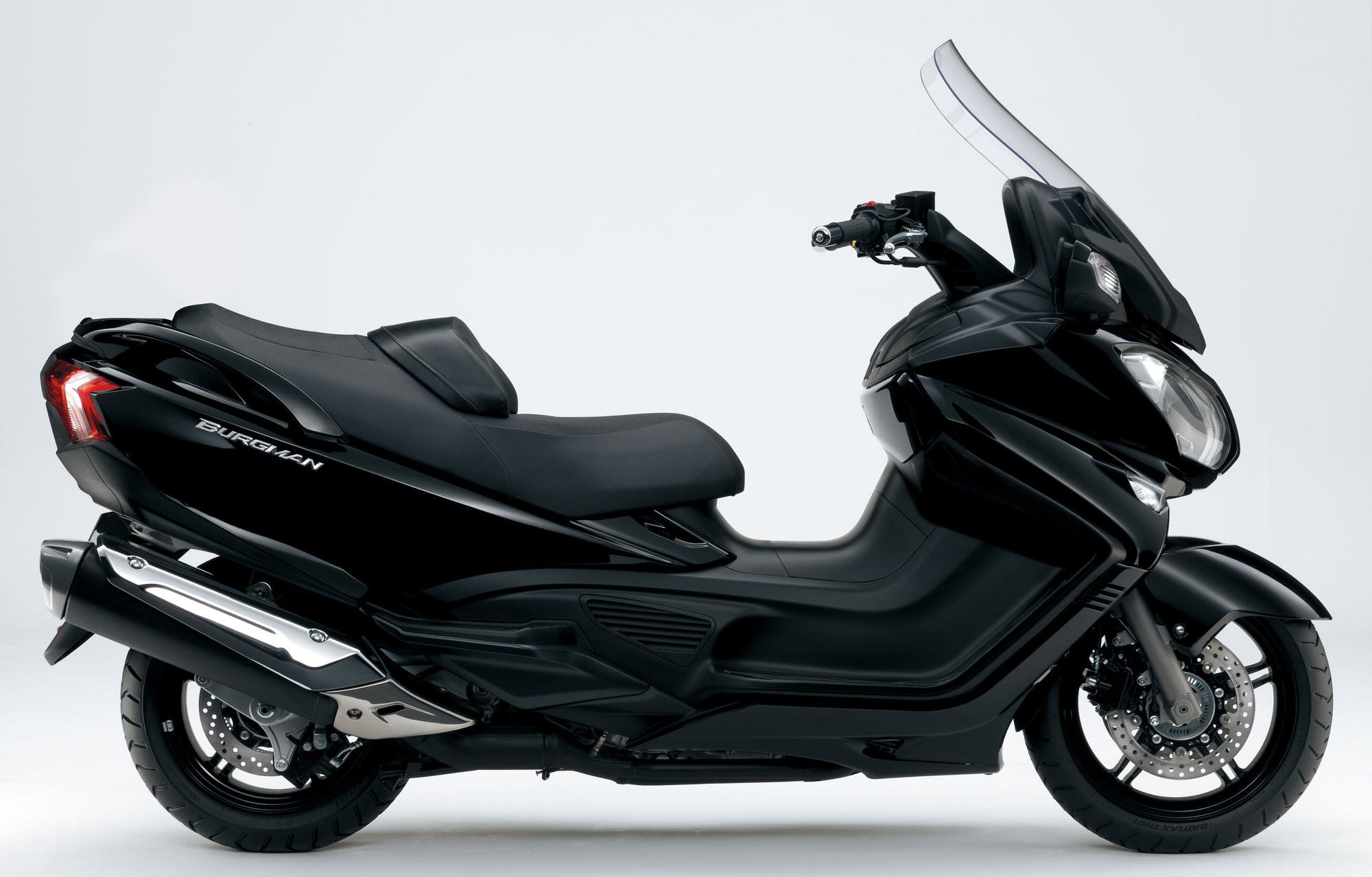 suzuki burgman 650 abs specs 2012 2013 autoevolution. Black Bedroom Furniture Sets. Home Design Ideas