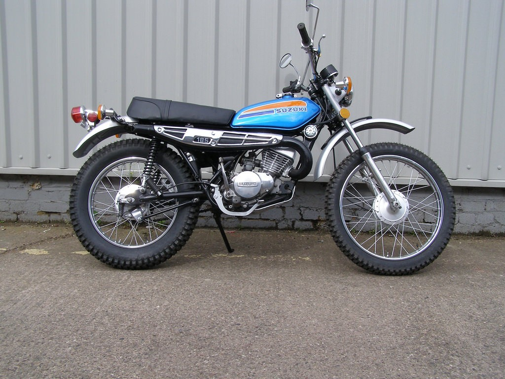 185 suzuki dirt bike