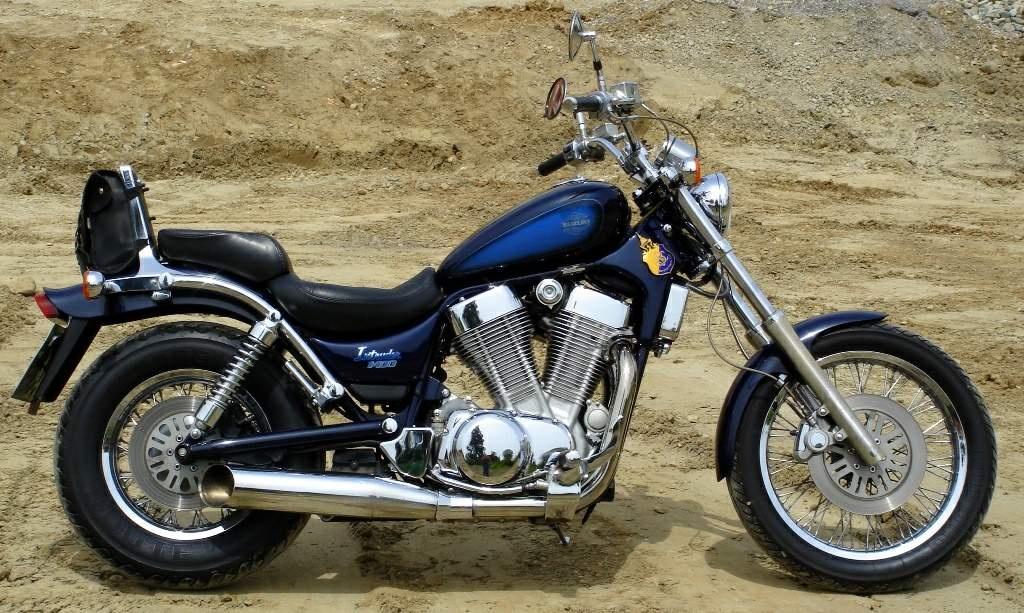 suzuki vs 1400gl intruder specs 1987 1988 1989 1990. Black Bedroom Furniture Sets. Home Design Ideas
