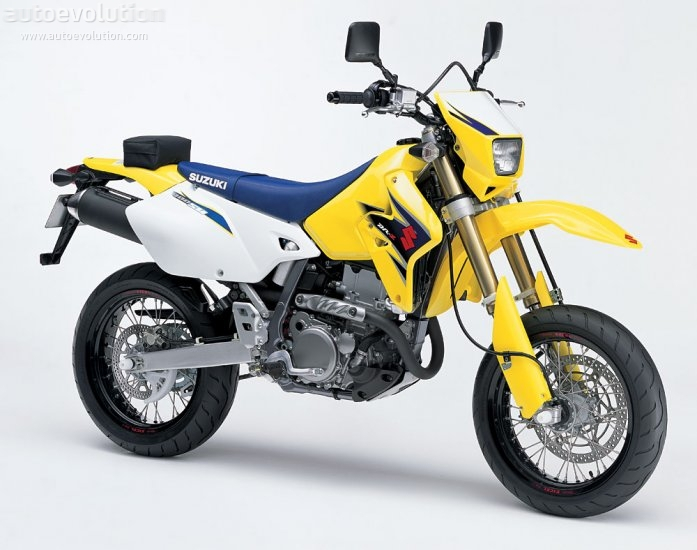 suzuki dr z 400 sm specs 2009 2010 autoevolution. Black Bedroom Furniture Sets. Home Design Ideas