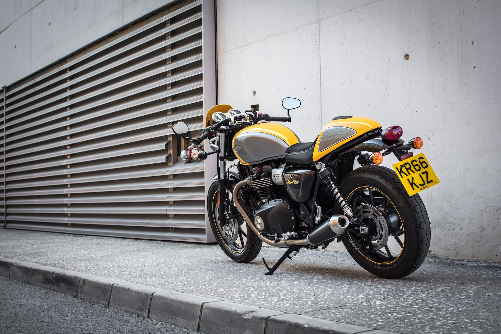 Street Twin Cafe Racer Seat