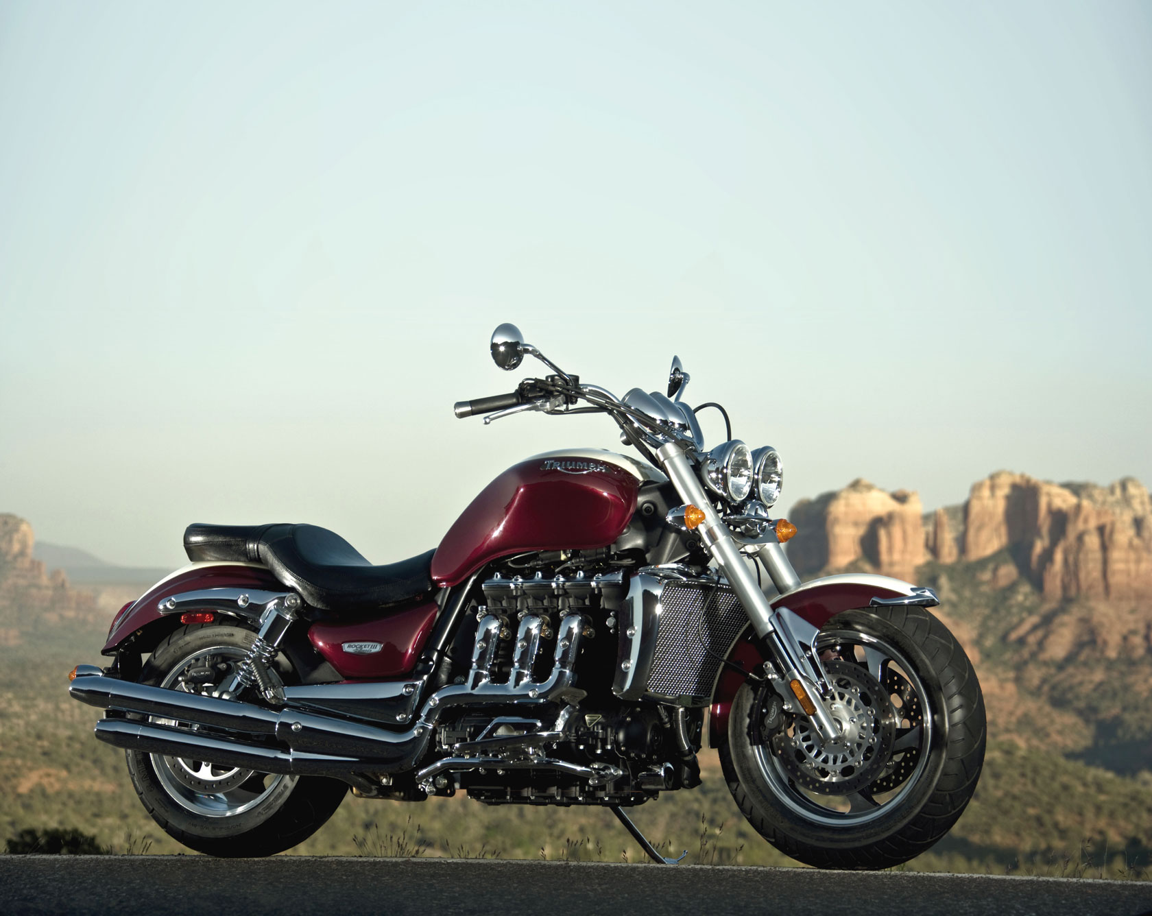 triumph rocket iii classic specs 2008 2009 autoevolution. Black Bedroom Furniture Sets. Home Design Ideas