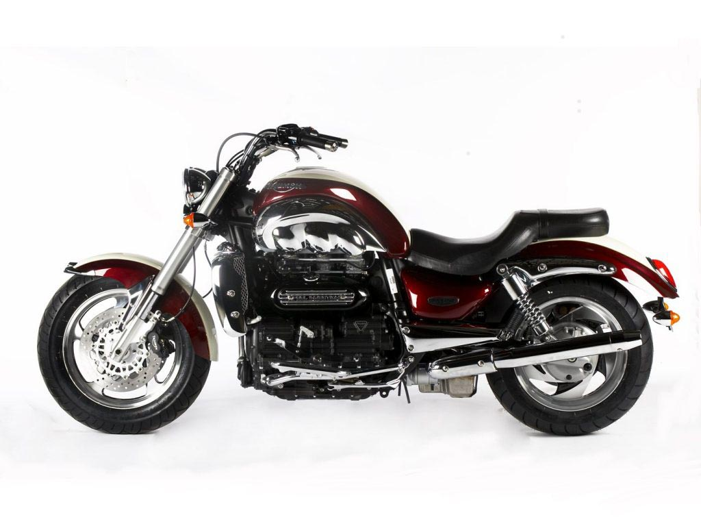 triumph rocket iii classic specs 2005 2006 autoevolution. Black Bedroom Furniture Sets. Home Design Ideas