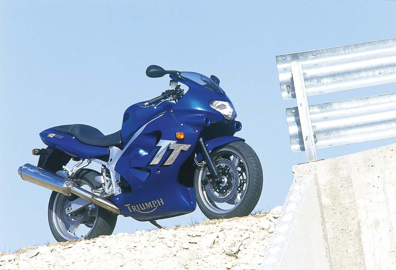 triumph tt600 specs 2001 2002 autoevolution rh autoevolution com 2001 Triumph TT600 Parts 2001 Triumph TT600 Fairings