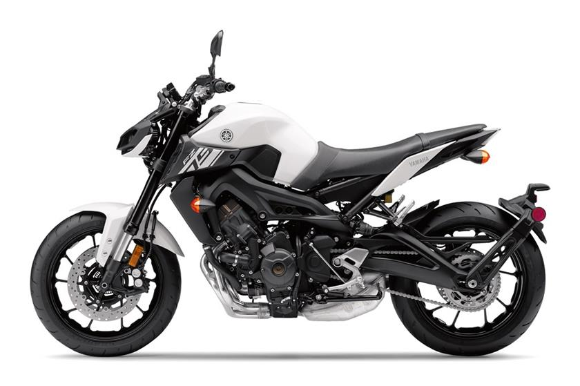 Yamaha fz 09 specs 2017 2018 autoevolution for Yamaha 2017 fz 09