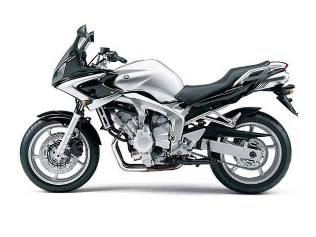 Yamaha FZ6 N - 2004 - YouTube