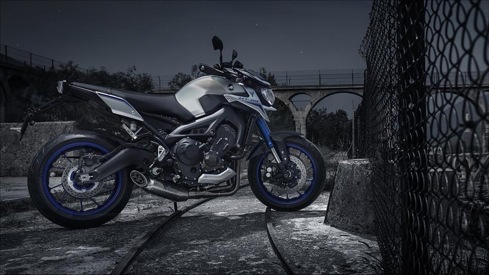 yamaha mt 09 street rally abs specs 2014 2015 2016. Black Bedroom Furniture Sets. Home Design Ideas