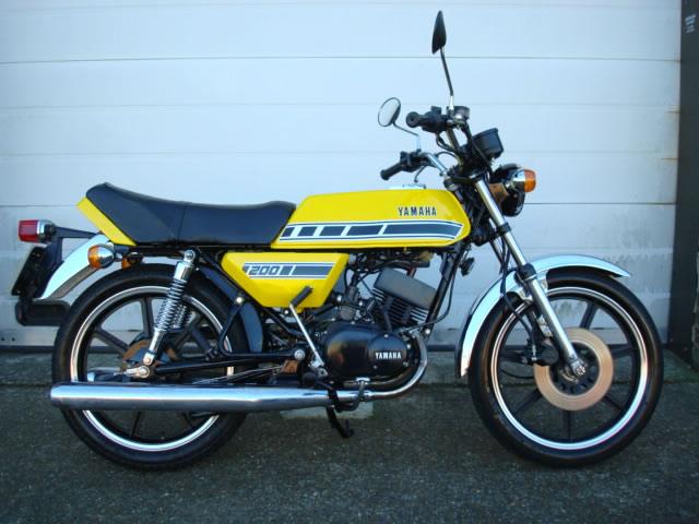 Yamaha Rd  Cc