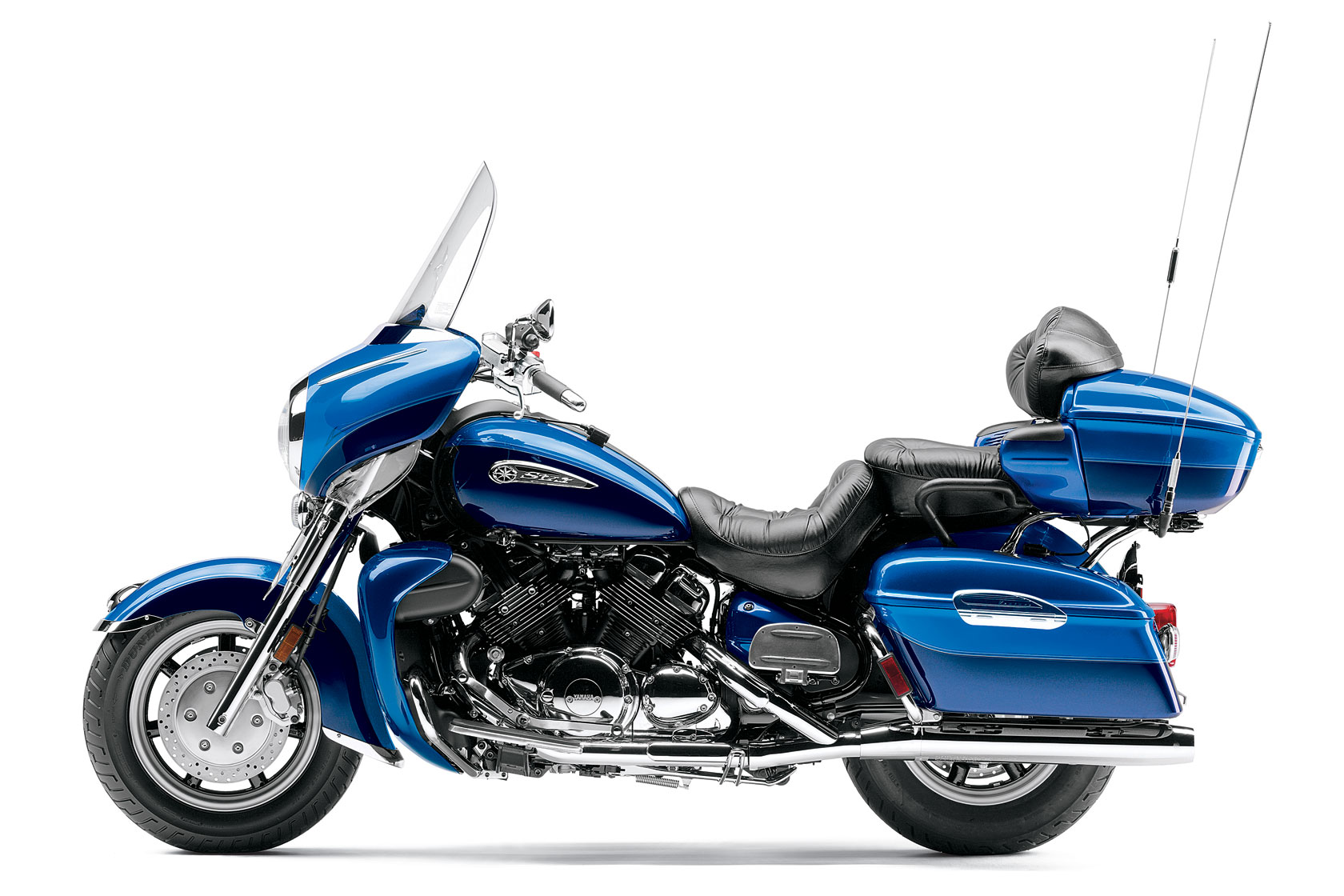 Yamaha Royal Star Venture Xvz Lgw further Yamaha Star Venture Detail Tail Trunk in addition Top also Yamaha Royal Star Venture moreover Wallpaper Mcy Cal Sept Oct. on yamaha motorcycles royal star venture