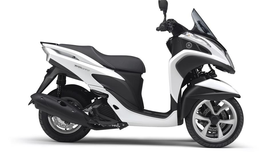 yamaha tricity 125 specs 2014 2015 autoevolution. Black Bedroom Furniture Sets. Home Design Ideas