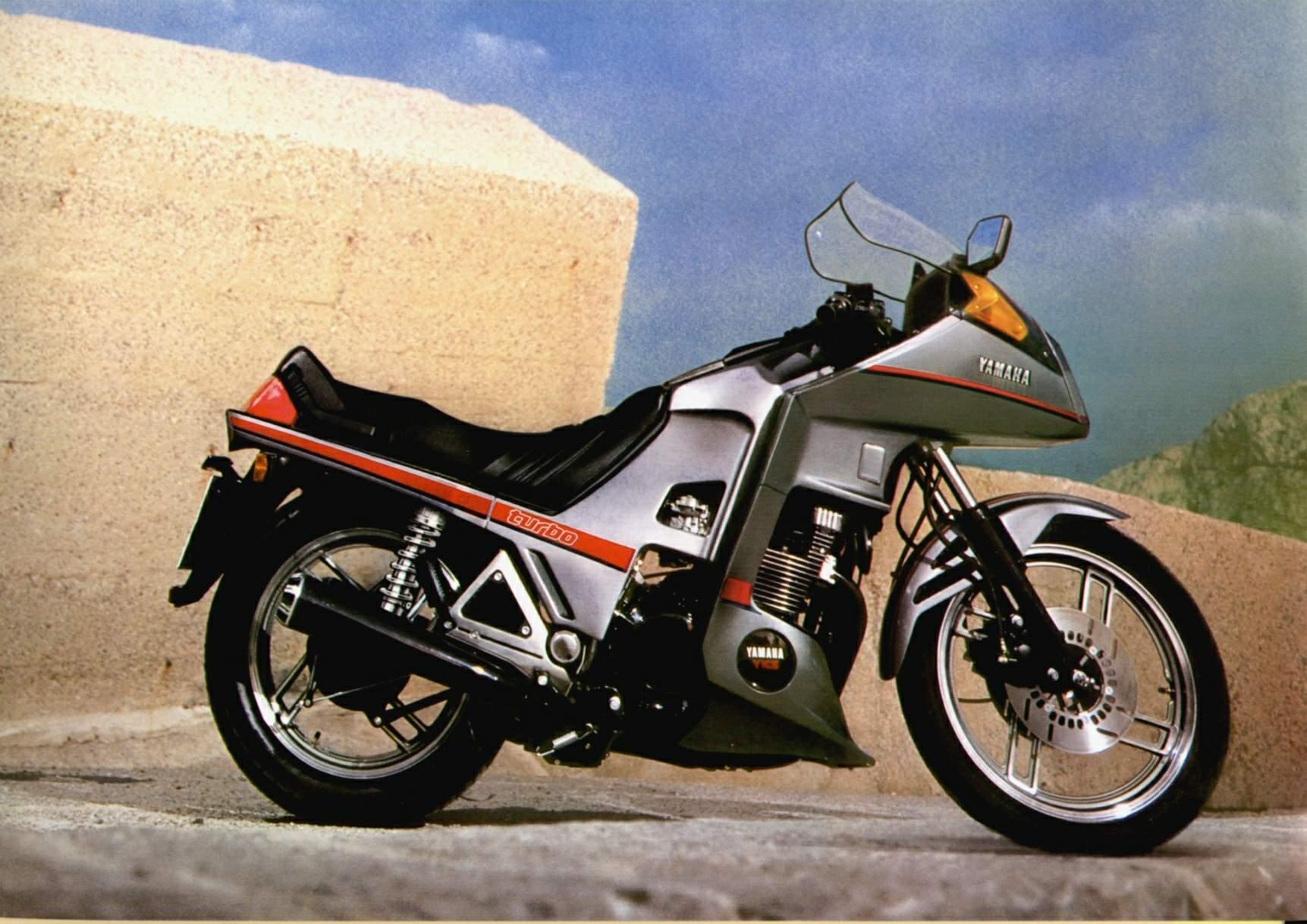 Yamaha XJ | espíritu RACER moto