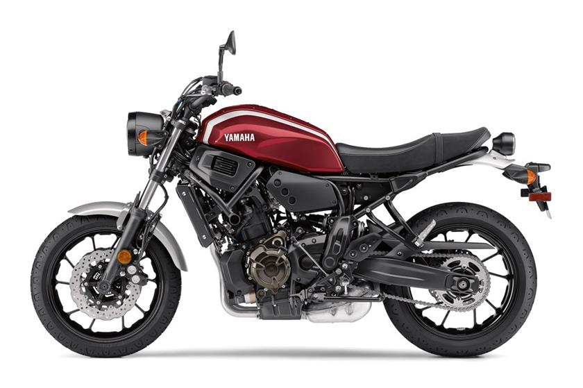 yamaha xsr700 specs 2018 autoevolution. Black Bedroom Furniture Sets. Home Design Ideas