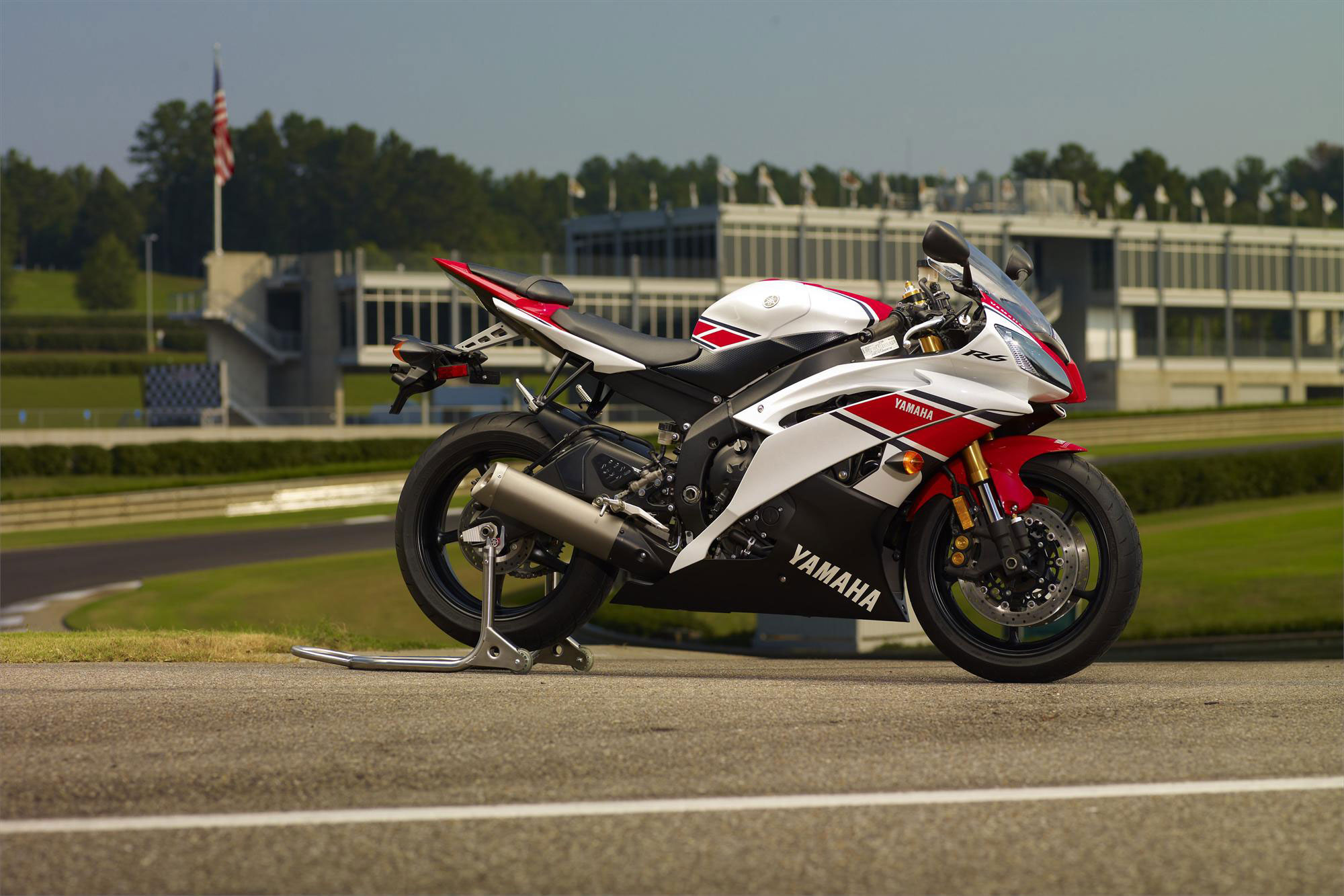 YAMAHA YZF-R6 WorldGP 50th Anniversary Edition - 2011, 2012 ...