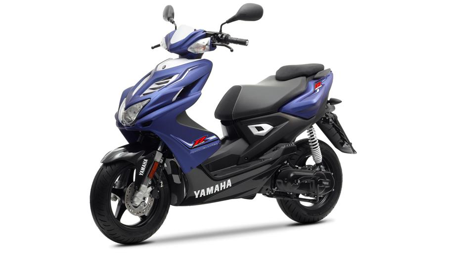 yamaha aerox r specs 2012 2013 autoevolution. Black Bedroom Furniture Sets. Home Design Ideas