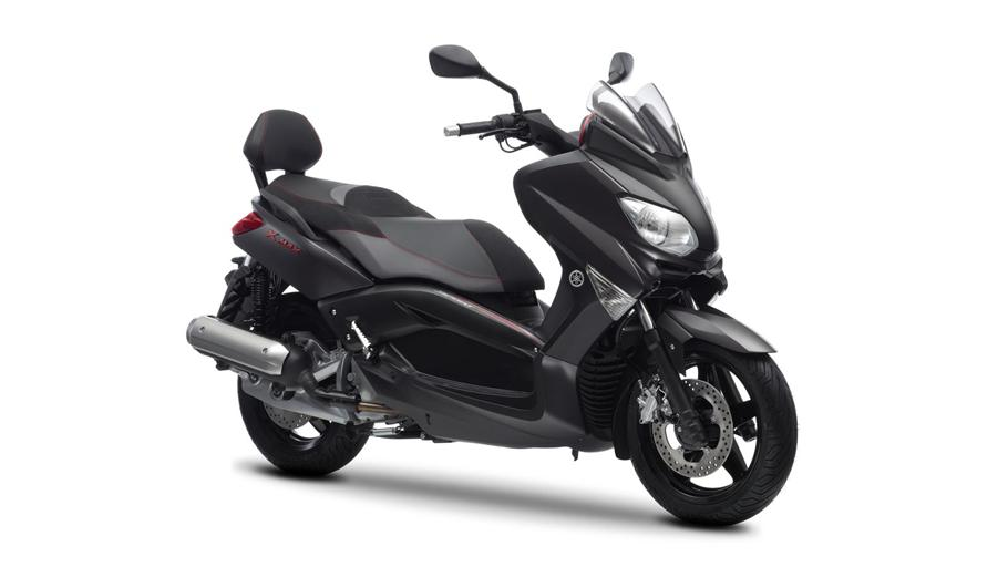 yamaha x max 125 sport specs 2011 2012 autoevolution. Black Bedroom Furniture Sets. Home Design Ideas