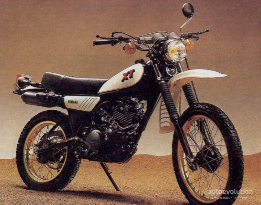 Sensational Yamaha Xt 250 Specs 1980 1981 1982 1983 Autoevolution Camellatalisay Diy Chair Ideas Camellatalisaycom