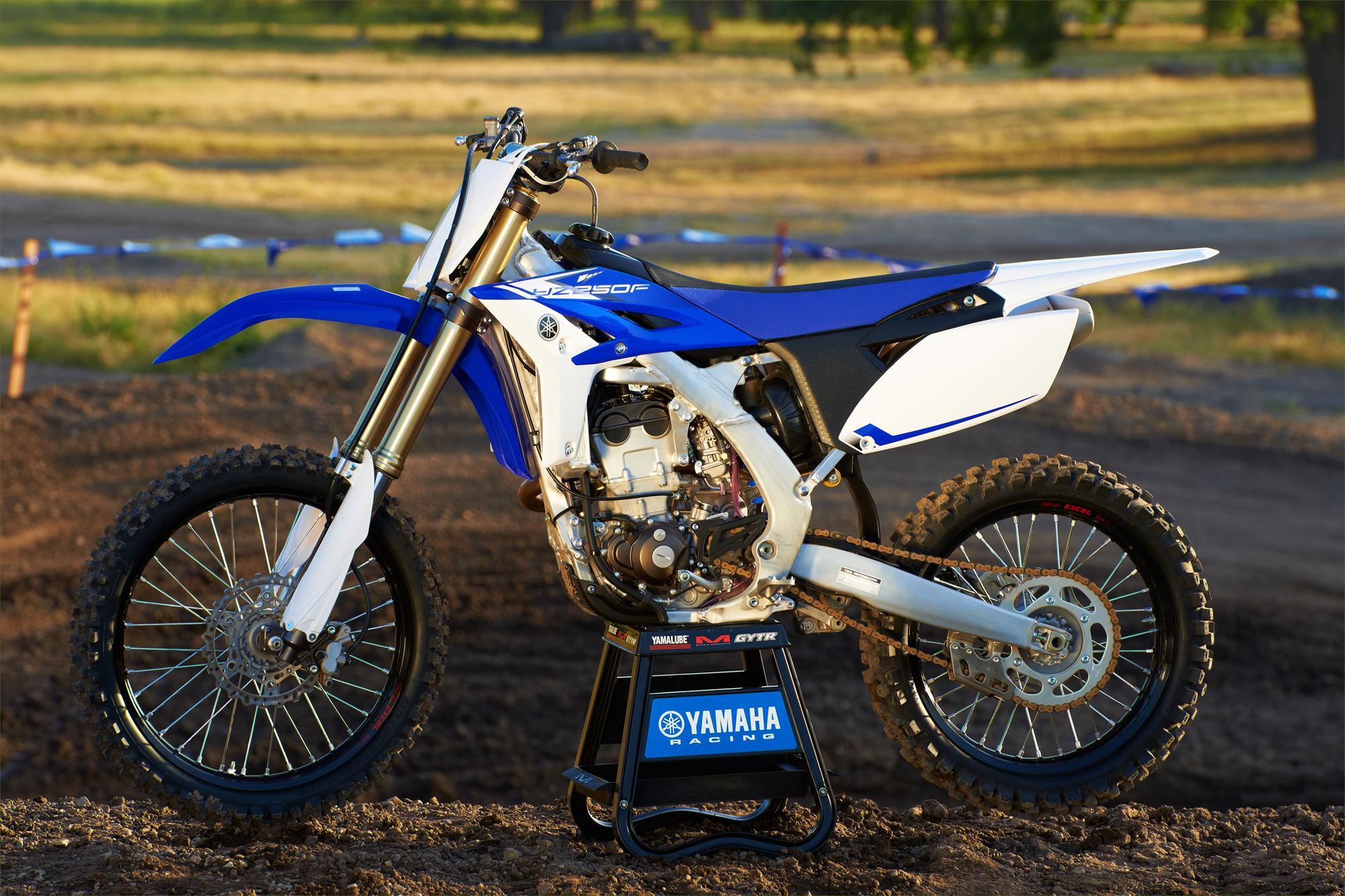 Мотоцикл Yamaha YZ250 2013 характеристики, фотографии