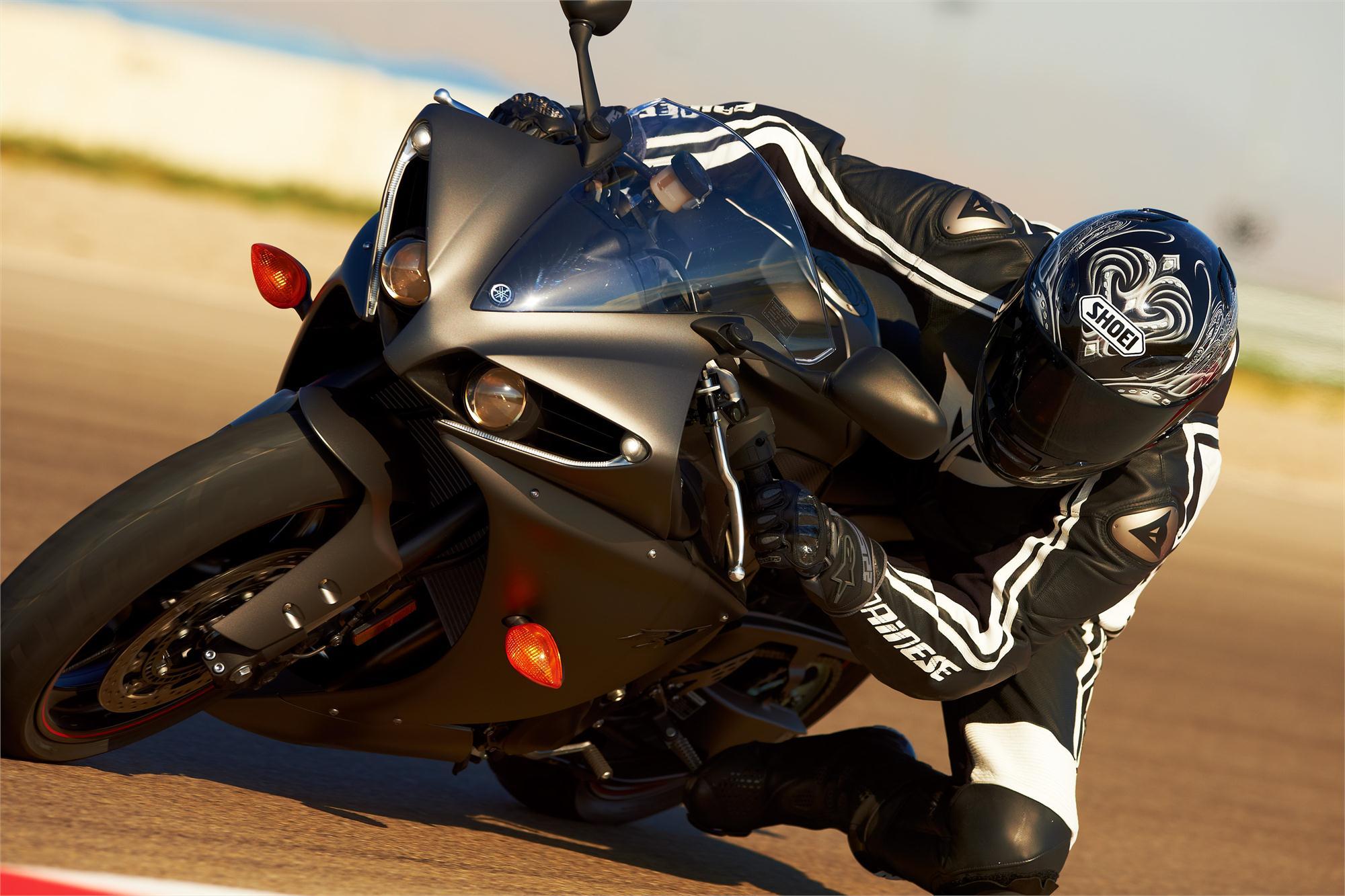 Yamaha R Tire Specs