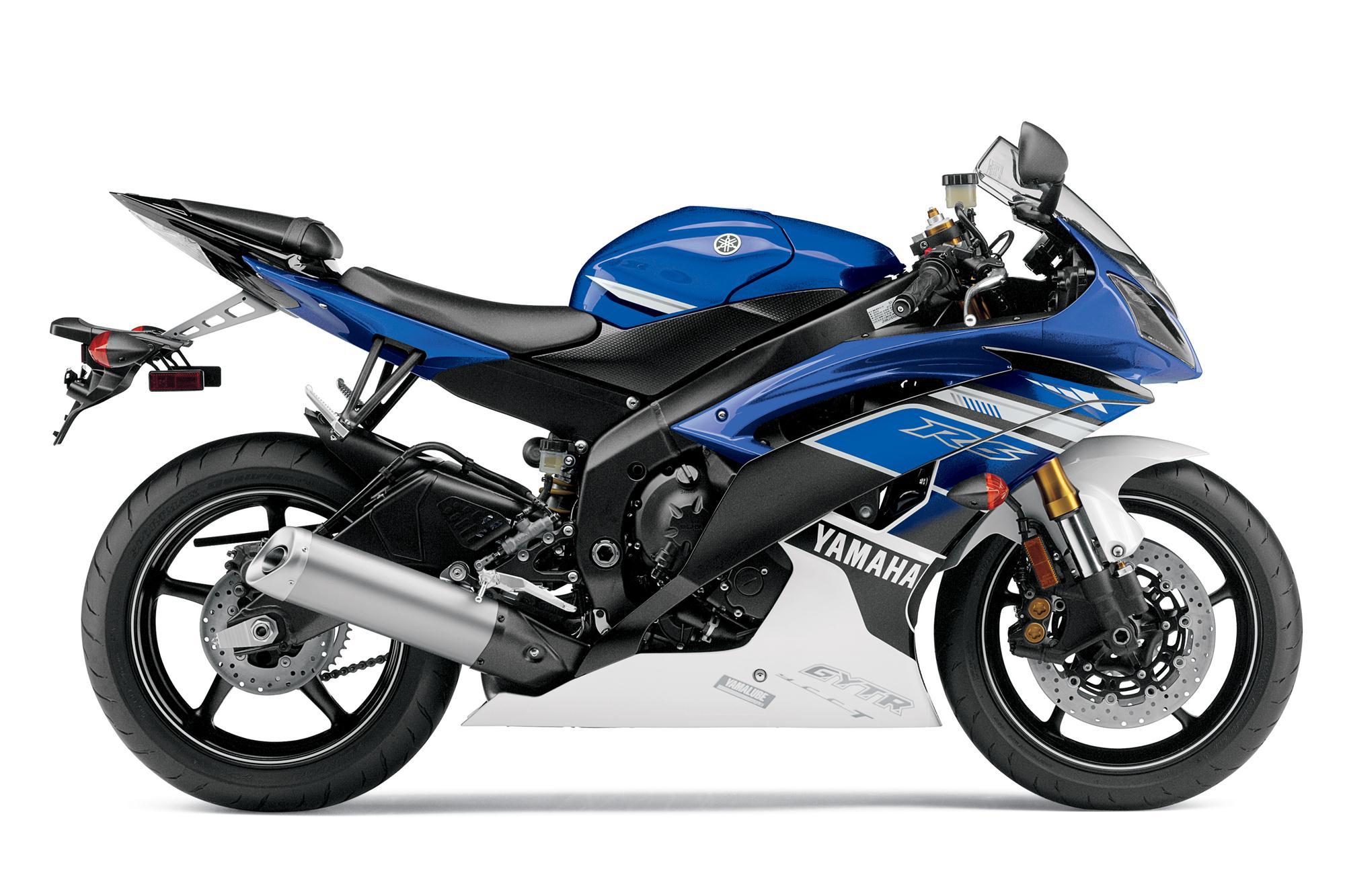 Yamaha R Weight