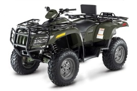 Who Manufactures Arctic Cat Engines