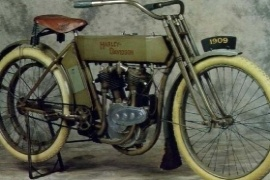HARLEY DAVIDSON The First V-Twin (1909 - 1910)
