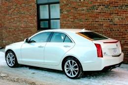 2013 Bmw 328i Xdrive Vs 2013 Cadillac Ats 2 0t By Autos Ca