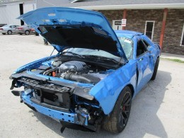 Girl Gives Her Dodge Challenger Hellcat a Rusty Wrap for a ...